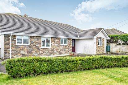 4 Bedrooms Bungalow for sale in Delabole, Cornwall