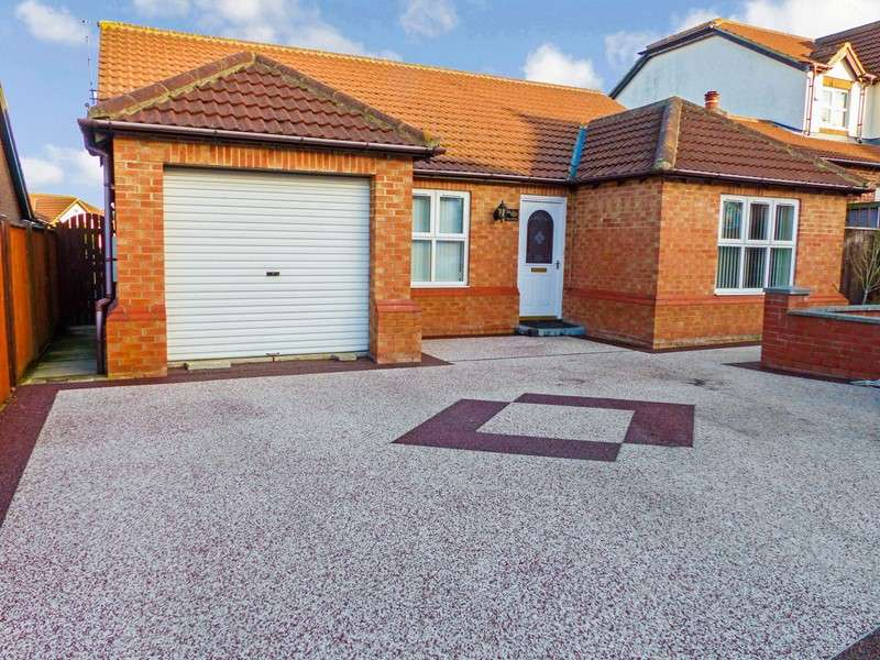 3 Bedrooms Bungalow for sale in The Coppice, Easington, Peterlee, Durham, SR8 3NU