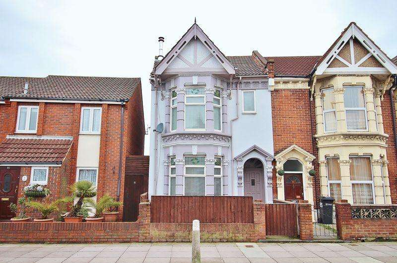 4 Bedrooms End Of Terrace House for sale in Copnor Road, Copnor, PO3