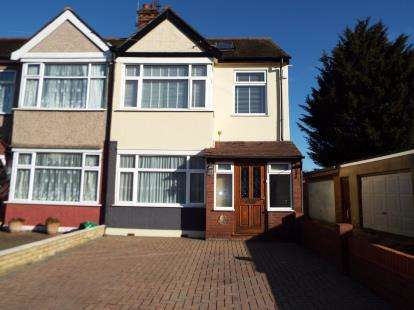 4 Bedrooms End Of Terrace House for sale in Barkingside, Essex