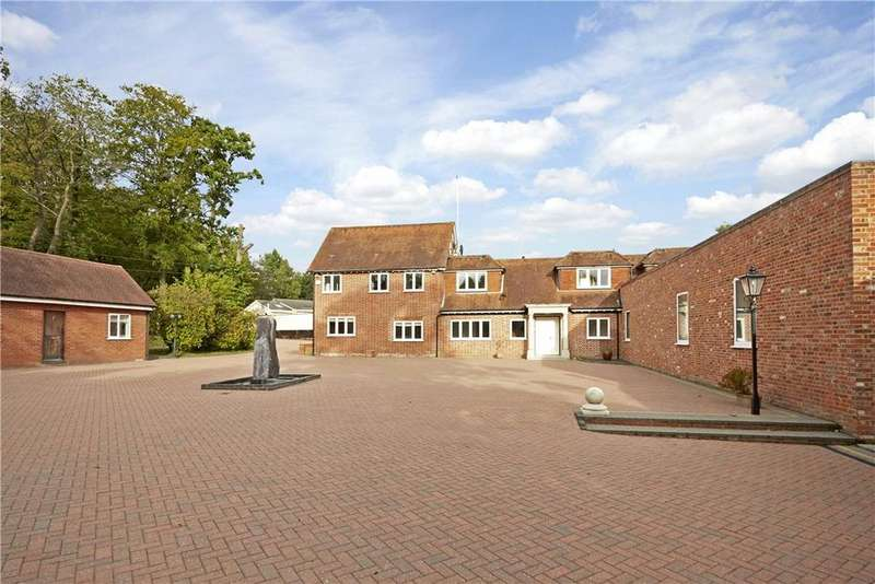 5 Bedrooms Detached House for sale in Valley End, Chobham, Woking, Surrey, GU24