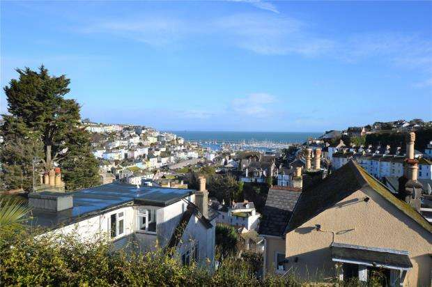 4 Bedrooms End Of Terrace House for sale in Parkham Road, Brixham, Devon
