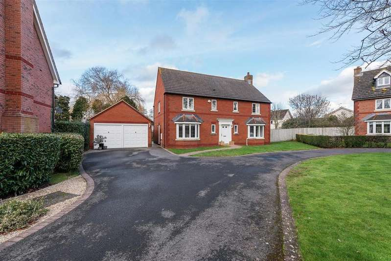 5 Bedrooms House for sale in Queens Drive