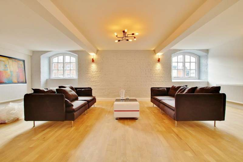 3 Bedrooms Apartment Flat for sale in Town Quay, Southampton