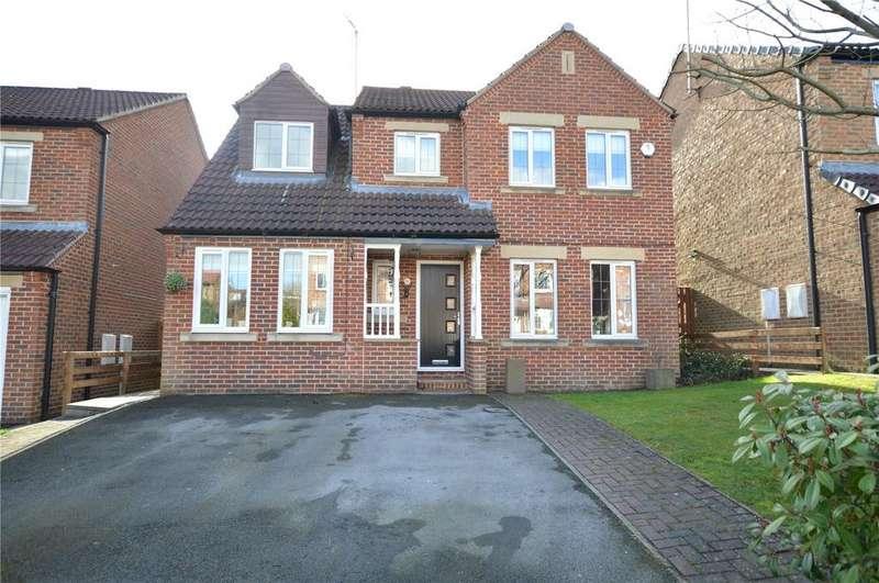 4 Bedrooms Detached House for sale in Bantam Grove View, Morley, Leeds