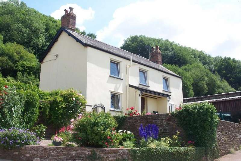 5 Bedrooms Farm House Character Property for sale in Usk