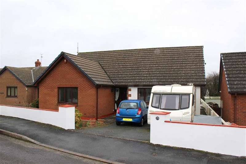 4 Bedrooms Detached Bungalow for sale in Sheffield Drive, Steynton, Milford Haven