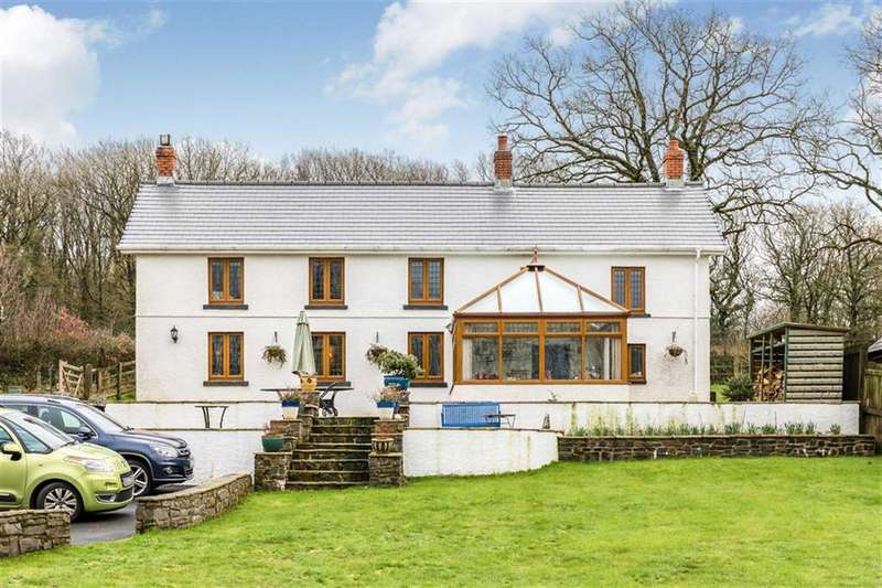 4 Bedrooms Detached House for sale in Drefach, Llanelli
