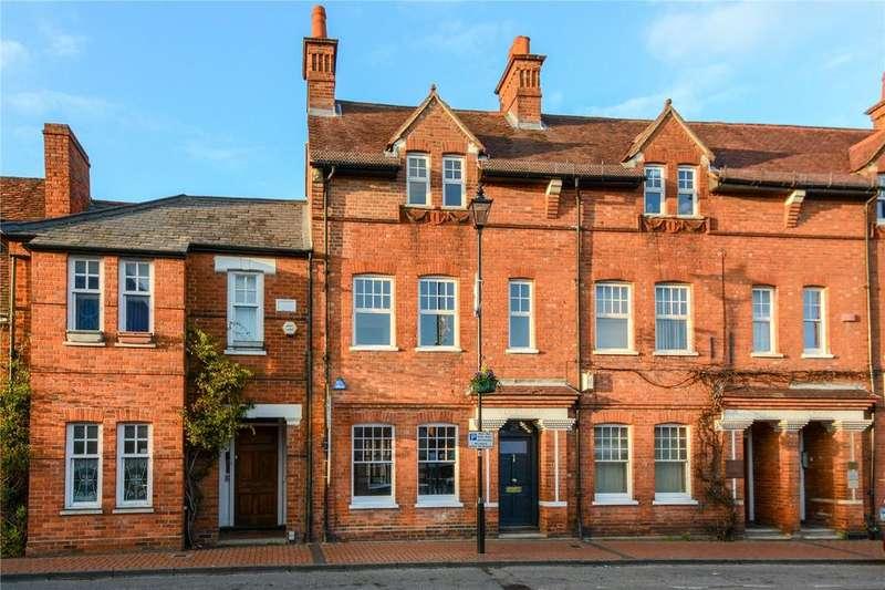 4 Bedrooms Terraced House for sale in Rose Street, Wokingham, Berkshire, RG40
