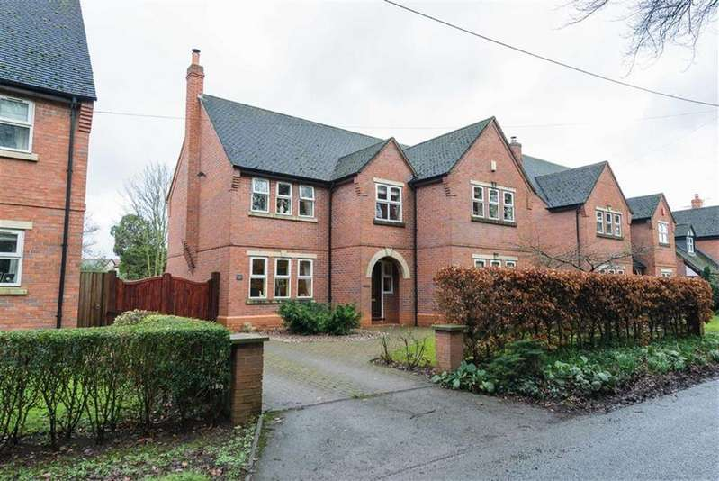 4 Bedrooms Detached House for sale in Sandy Lane, Nantwich, Cheshire