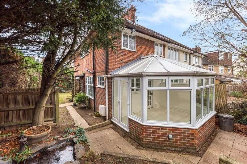 4 Bedrooms Semi Detached House for sale in Breakspear Avenue, St. Albans, Hertfordshire