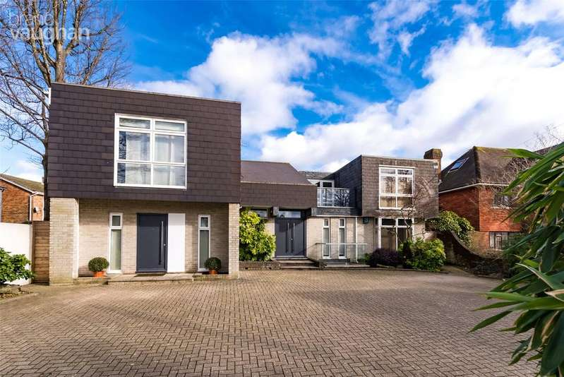 5 Bedrooms Detached House for sale in Dyke Road Avenue, Hove, BN3