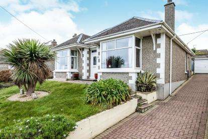 4 Bedrooms Bungalow for sale in Newquay, Cornwall, England