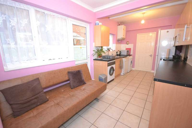 3 Bedrooms Terraced House for sale in Norris Road, Reading, Berkshire, RG6 1NJ