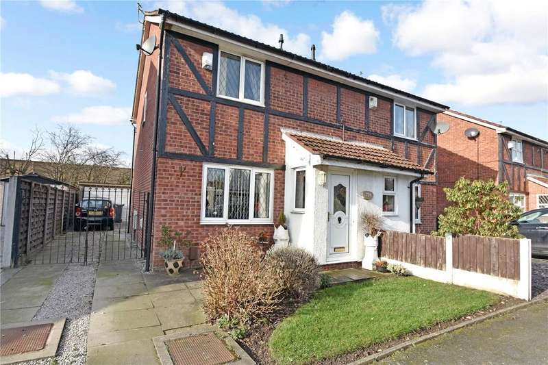 3 Bedrooms Semi Detached House for sale in Whitefield Road, Bury, Manchester, BL9