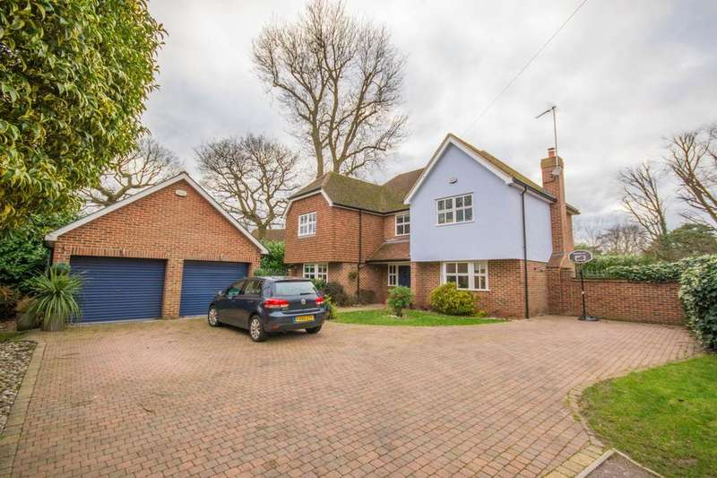 5 Bedrooms Detached House for sale in Nethergate, Rayleigh Road, Hutton, Essex, CM13
