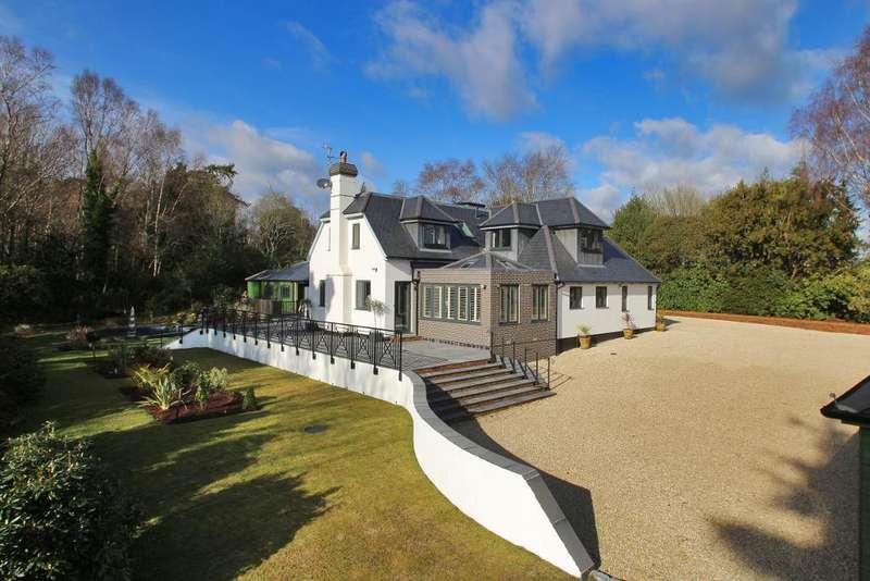 5 Bedrooms Detached House for sale in Delmonden Lane, Hawkhurst, Kent, TN18 4XN