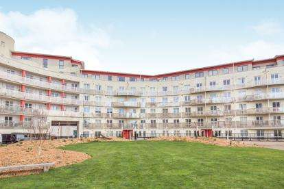 1 Bedroom Flat for sale in The Crescent, Hannover Quay, Bristol