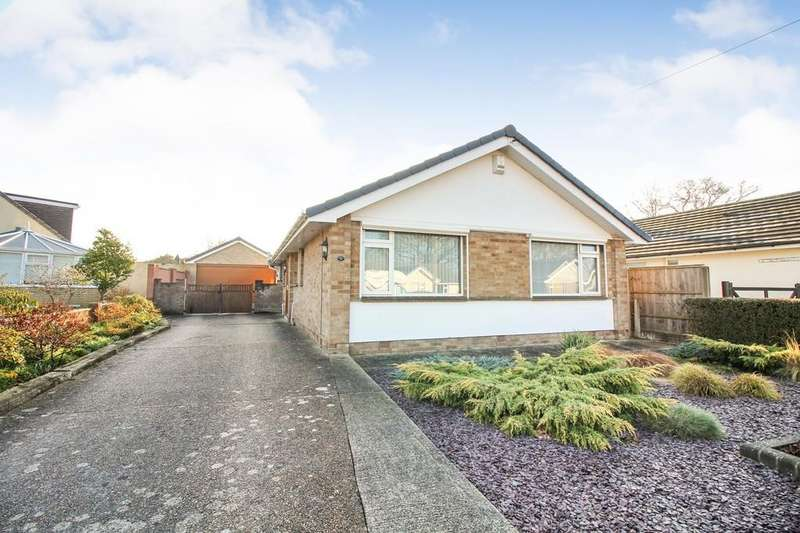 4 Bedrooms Detached Bungalow for sale in Beacon Park Road, Upton