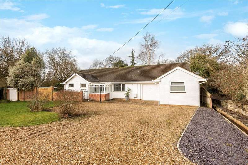 4 Bedrooms Bungalow for sale in Botley Road, Fair Oak, Eastleigh, Hampshire, SO50