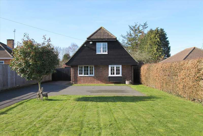 4 Bedrooms Detached House for sale in The Drove, Andover