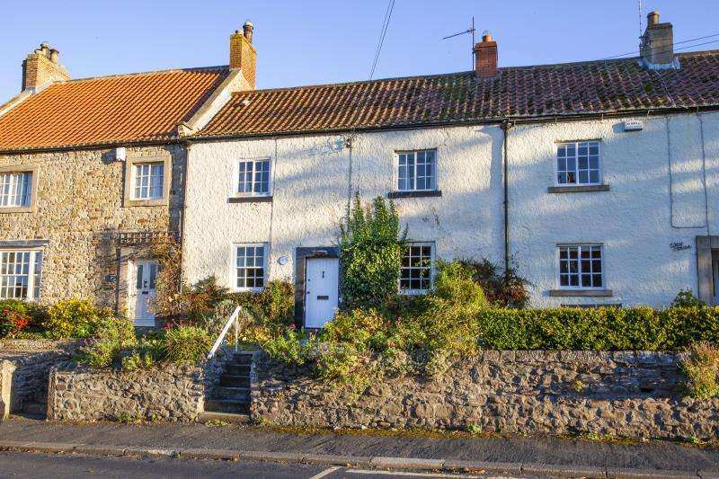 3 Bedrooms Cottage House for sale in Mount Front Street, Winston, Darlington, County Durham