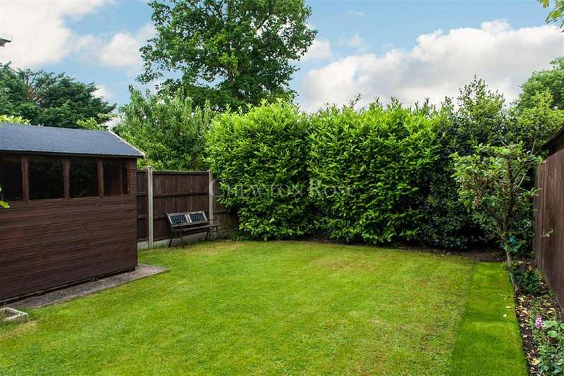 3 Bedrooms Semi Detached House for sale in Ascot