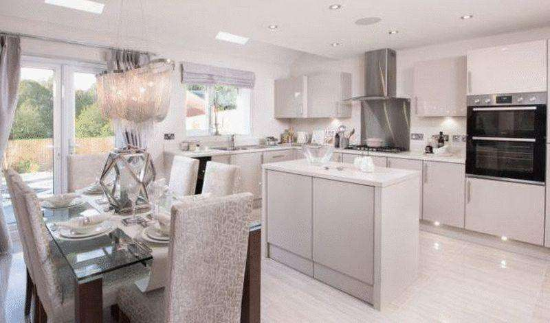 4 Bedrooms Detached House for sale in Crich, Matlock