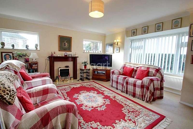 4 Bedrooms Bungalow for sale in Elmstead
