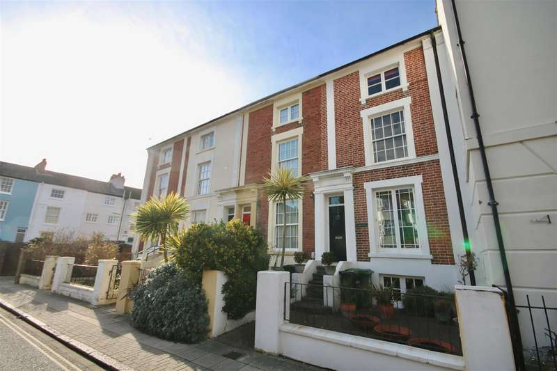 4 Bedrooms Town House for sale in St. James's Road, Southsea