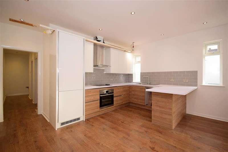2 Bedrooms Detached Bungalow for sale in Stanley Road North, , Rainham, Essex