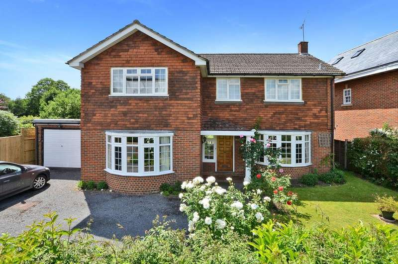 4 Bedrooms Detached House for sale in Fitzgerald Road, Boyle Farm, Thames Ditton, KT7