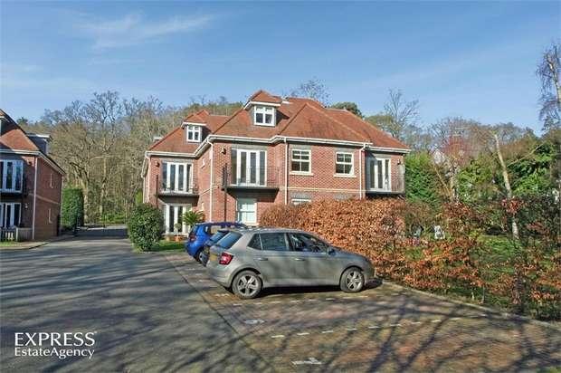 2 Bedrooms Flat for sale in London Road, Windlesham, Surrey