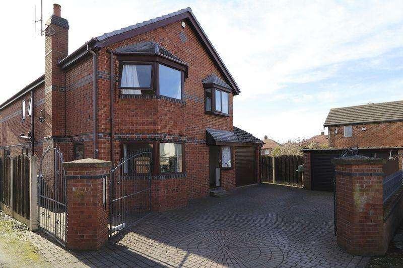 4 Bedrooms Detached House for sale in Chelsea Avenue, Blackpool