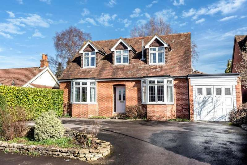 4 Bedrooms Detached House for sale in Oxford Road, Wokingham, RG41