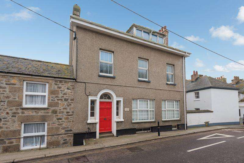 2 Bedrooms Apartment Flat for sale in Fore Street, Marazion