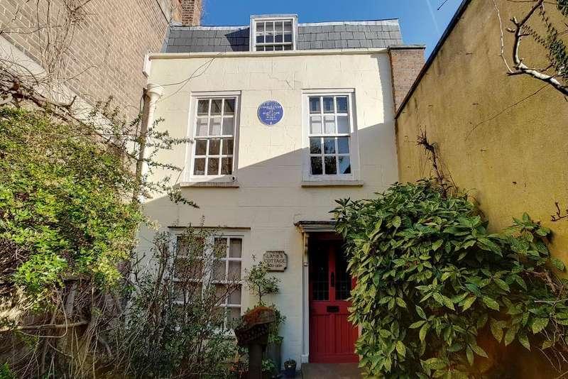 5 Bedrooms End Of Terrace House for sale in Church Street, Edmonton, London, UK, N9 9DY