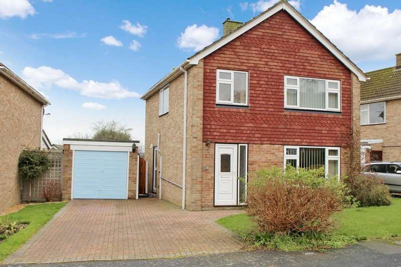 3 Bedrooms Detached House for sale in Tormead, Hythe