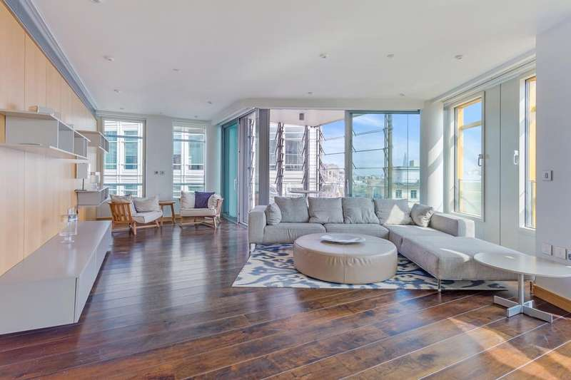 3 Bedrooms Apartment Flat for sale in Central St Giles Piazza, Covent Garden, London WC2H