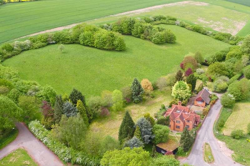 4 Bedrooms Detached House for sale in Bottom Lane, Sarratt, Kings Langley