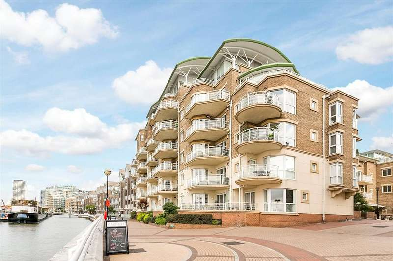 2 Bedrooms Flat for sale in Sherwood Court, Chatfield Road, London