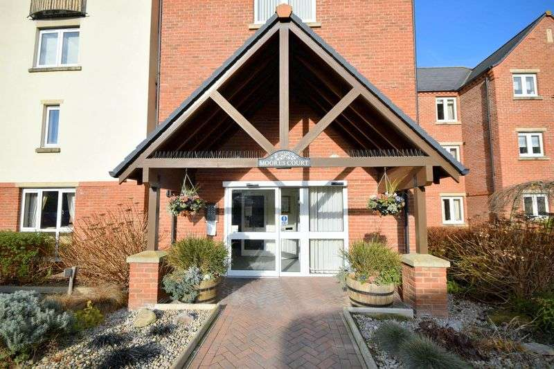 1 Bedroom Property for sale in Moores Court, Sleaford, NG34 7UL