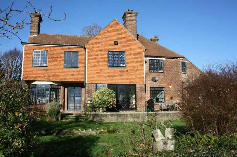 5 Bedrooms Detached House for sale in North Trade Road, BATTLE, East Sussex