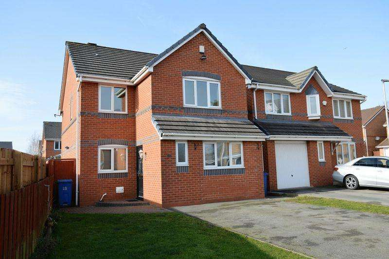 4 Bedrooms Detached House for sale in Crompton Way, Lowton, WA3 1FS