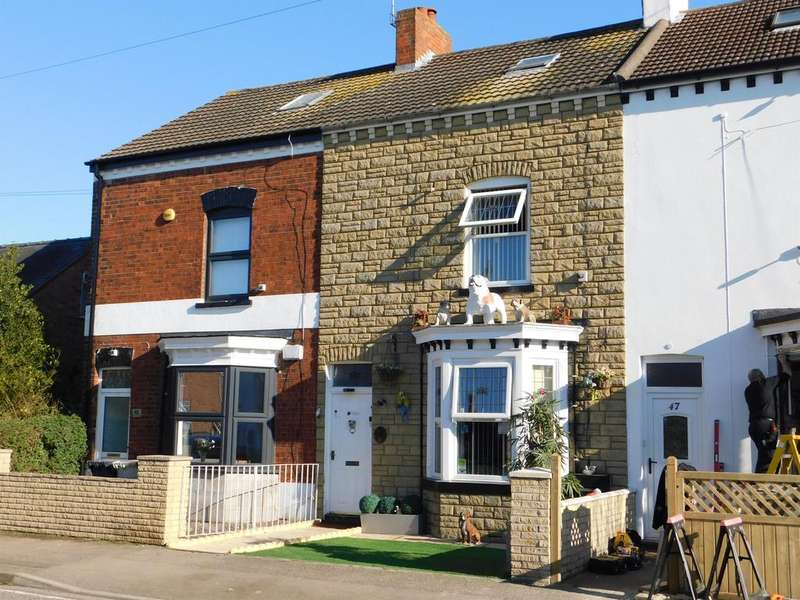 4 Bedrooms Terraced House for sale in Alexandra Road, Skegness, PE25 3QY