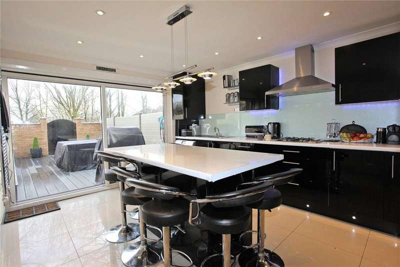 4 Bedrooms Terraced House for sale in Cardinals Way, London, N19