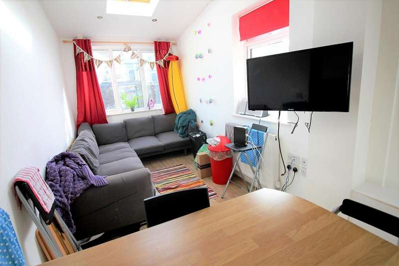 7 Bedrooms House for rent in Dogfield street , , Cardiff