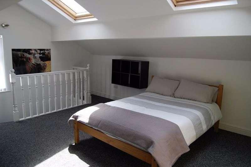 5 Bedrooms Terraced House for rent in Laburnum Rd, Kensington