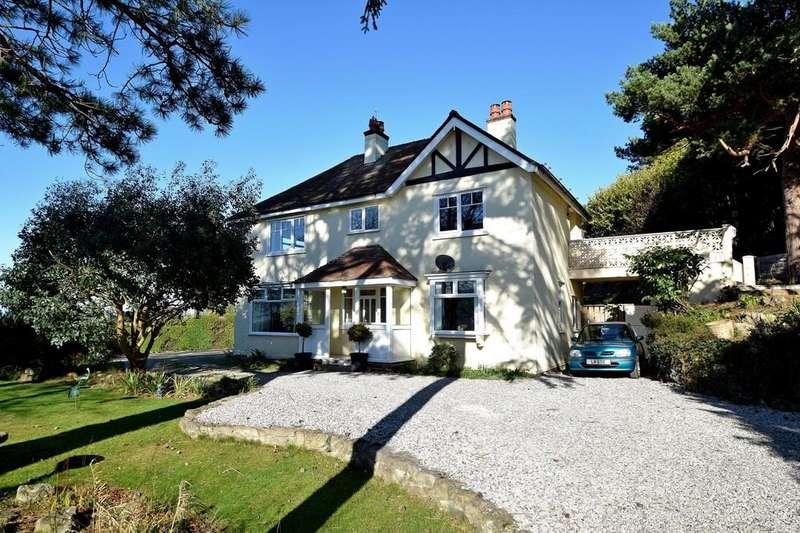 5 Bedrooms Detached House for sale in Gannock Park, Deganwy