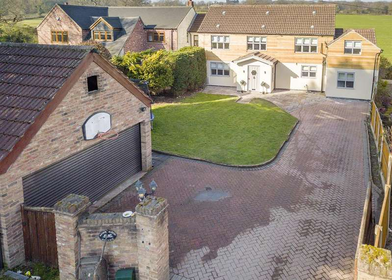 5 Bedrooms Semi Detached House for sale in The Moor, Dale Abbey, Derbyshire